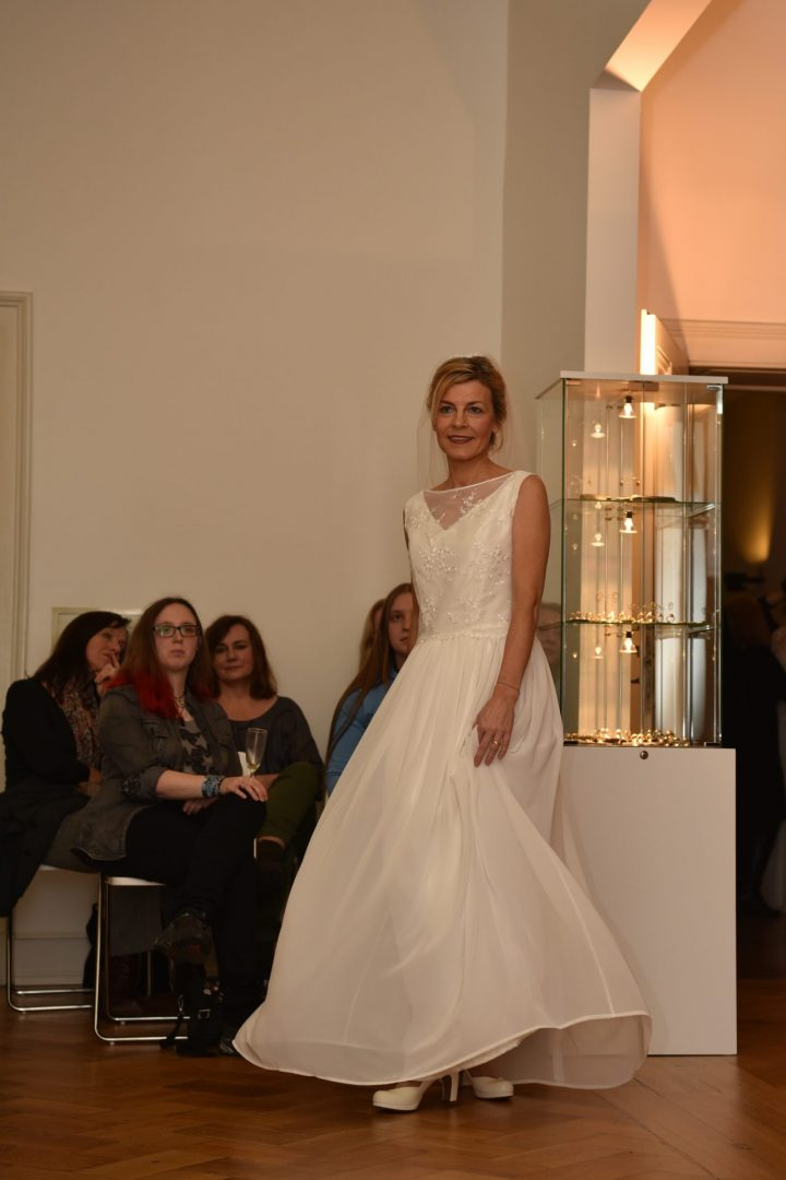 SUSANNE KEMNA - Maßgeschneiderte Brautmode aus Köln